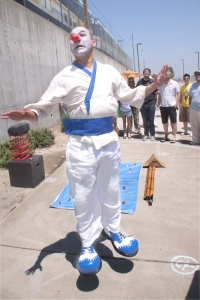 Del Amo Station performer
